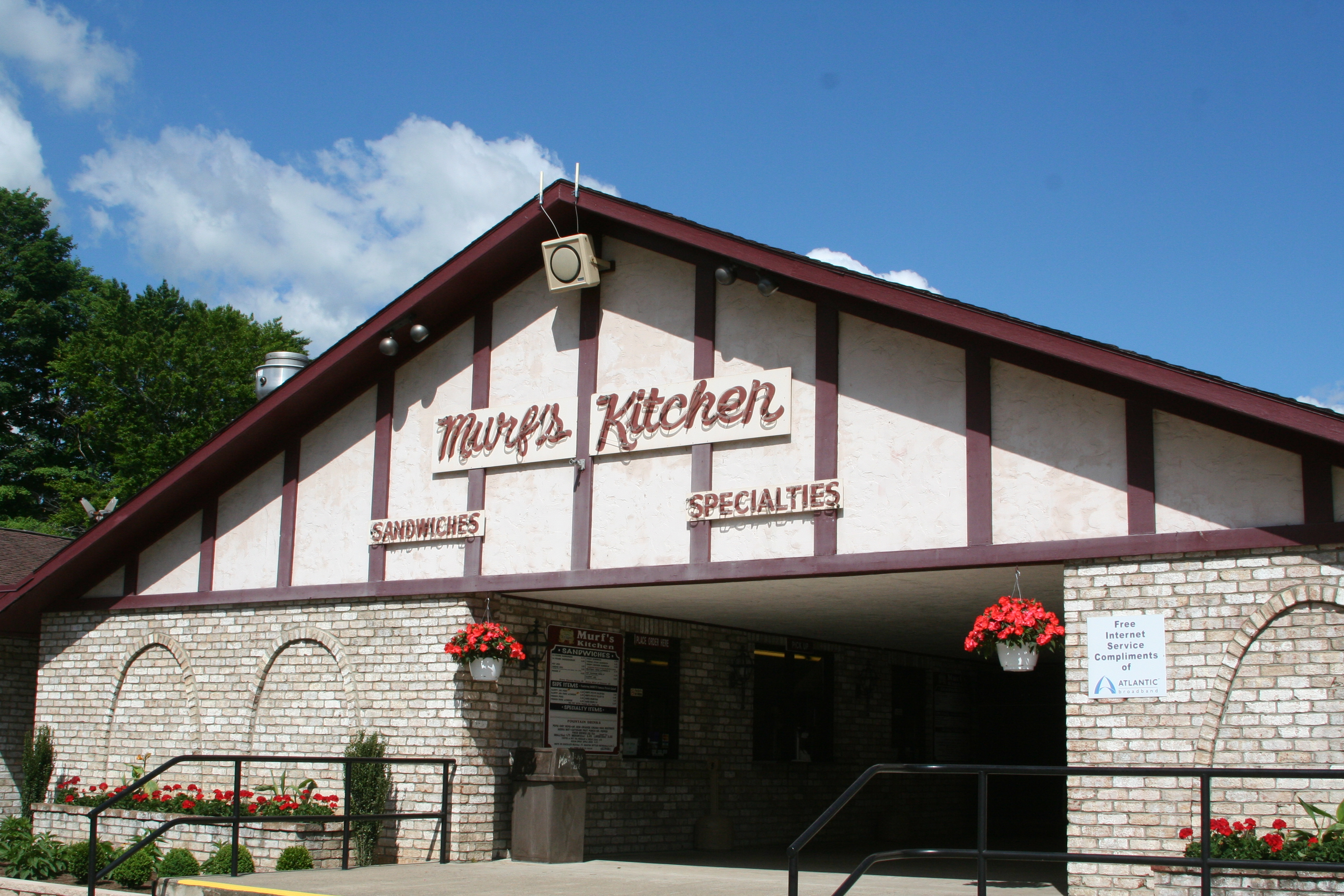 Murf's Kitchen at Del Grosso's