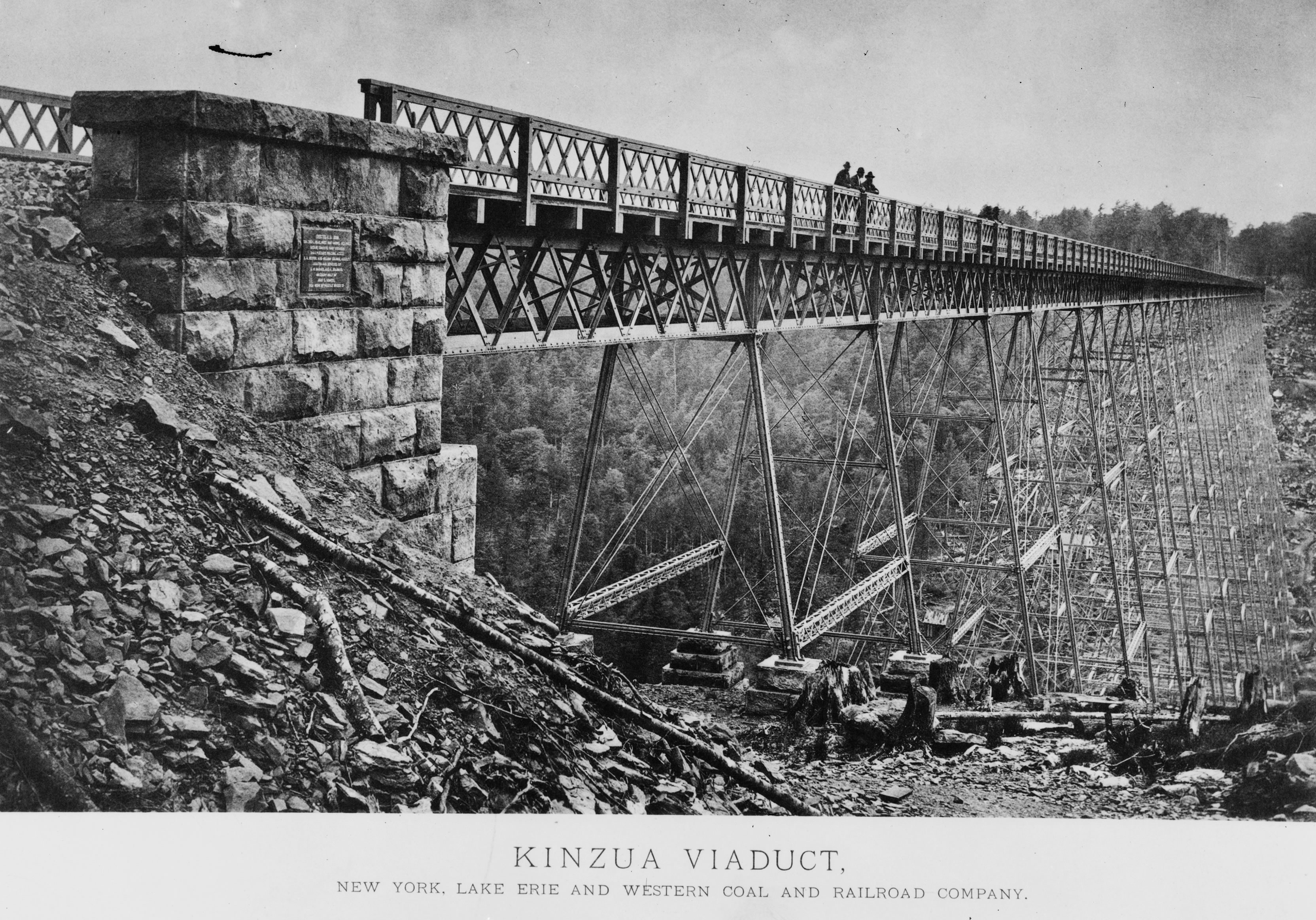 Photo of the Bridge from 1885
