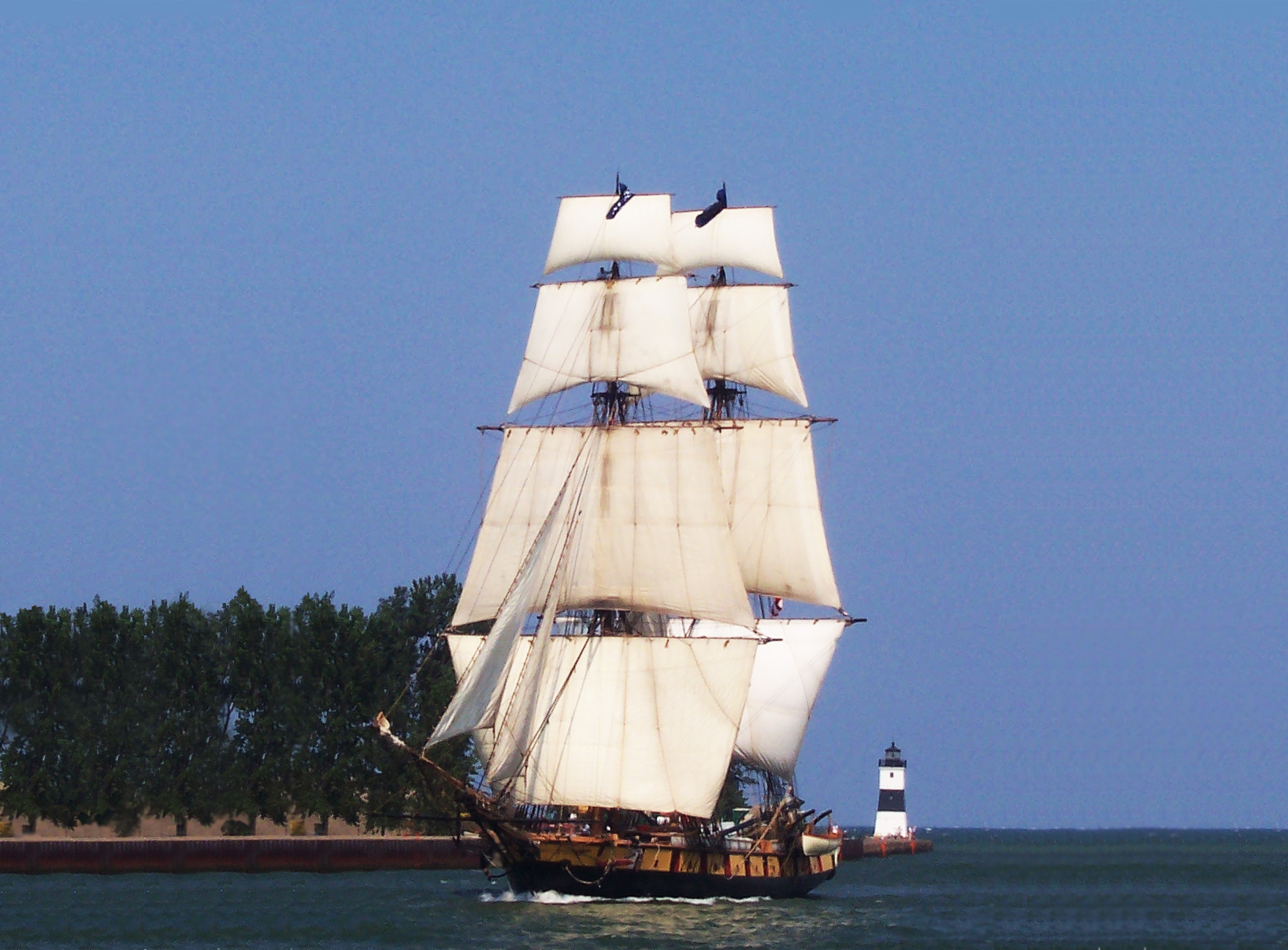 The Brig Niagara at full sail in the Erie Channel