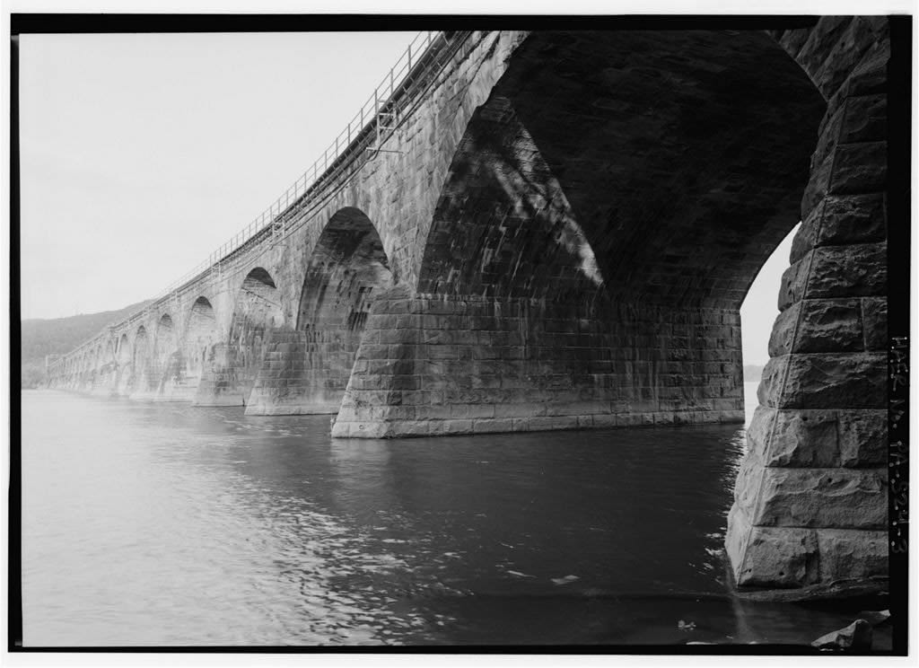 The arches of the Rockville Bridge
